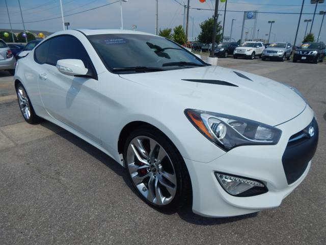 Certified Used Hyundai Genesis 2dr V6 3.8L Auto Track