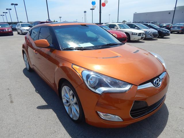 Certified Used Hyundai Veloster 3dr Cpe Auto w/Black Int